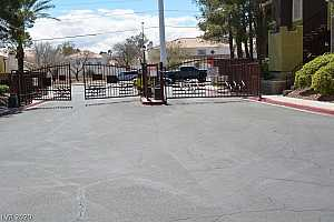 MLS # 2183482 : 7950 FLAMINGO 1187