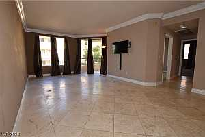 MLS # 2186116 : 260 FLAMINGO 306