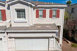 MLS # 2215736 : 250 QUEENS COURT