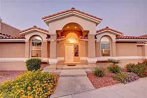 More Details about MLS # 2236707 : 148 TUMBLEWEED DRIVE
