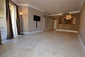 MLS # 2236952 : 260 FLAMINGO 306