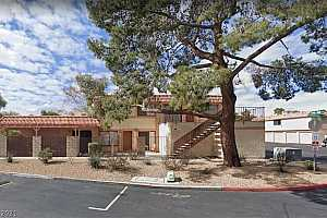 MLS # 2262503 : 669 PEPPER TREE CIRCLE