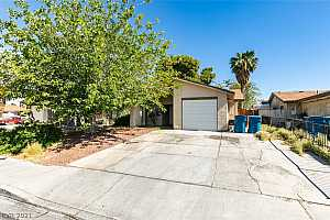 More Details about MLS # 2299261 : 4754 MAHOGANY DRIVE