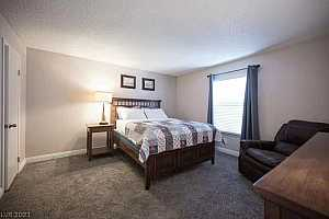 MLS # 2313697 : 3823 SOUTH MARYLAND PARKWAY B1