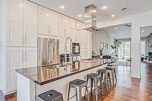 More Details about MLS # 2318217 : 2881 CAPE HOPE WAY