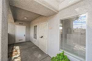 More Details about MLS # 2327339 : 6014 VEGAS DRIVE