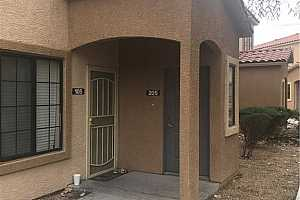 MLS # 2077526 : 2010 RANCHO LAKE DRIVE UNIT 205