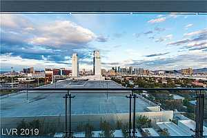 MLS # 2085816 : 4381 FLAMINGO ROAD UNIT 1022