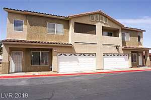 MLS # 2087079 : 77 FALCON FEATHER WAY