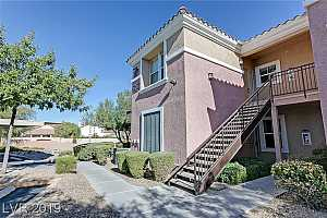 MLS # 2093872 : 2325 WINDMILL #1724