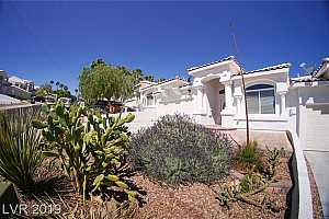 MLS # 2096600 : 686 FLORENCE DRIVE