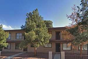 MLS # 2098193 : 605 ROYAL CREST CIRCLE UNIT 3