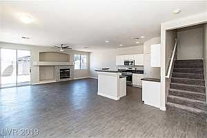 MLS # 2101838 : 6366 LORNE GREEN AVENUE UNIT 103