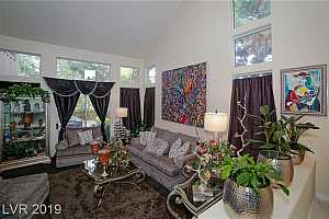 MLS # 2102100 : 8511 HEATHER DOWNS DRIVE