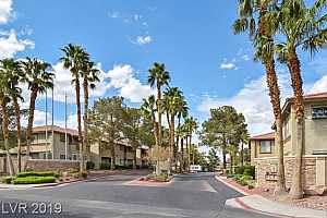 MLS # 2109590 : 7300 PIRATES COVE ROAD UNIT 1061