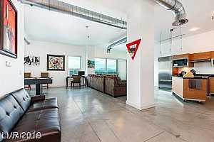 MLS # 2125039 : 200 HOOVER AVENUE #1005