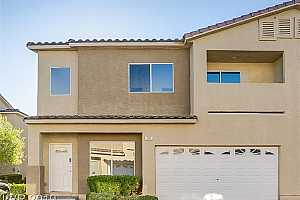 MLS # 2145534 : 50 RUFFLED FEATHER WAY