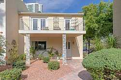 LAS VEGAS COUNTRY CLUB Condos For Sale