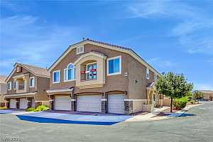 Browse active condo listings in NORTH VALLEY COURT