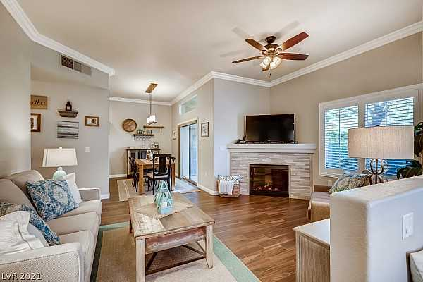 Photo #6 Upgrades Include 10FT Ceilings, Tile Floors, Upgra