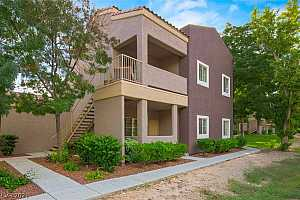 Browse active condo listings in SPANISH PALMS
